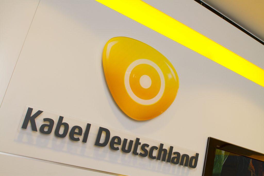 kabel deutschland kabel premium hd mit erfolgszahlen tk world ag. Black Bedroom Furniture Sets. Home Design Ideas